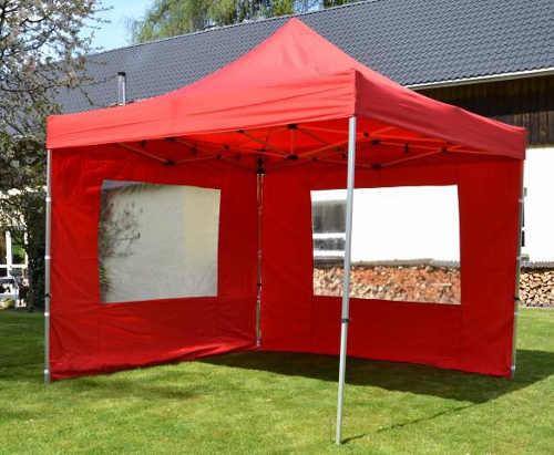 Červený párty stan s dvěma bočnicemi