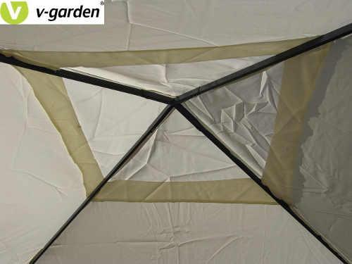 Střecha altánu s ventilačním otvorem