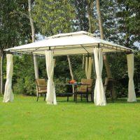 Luxusní zahradní altán v krémové barvě